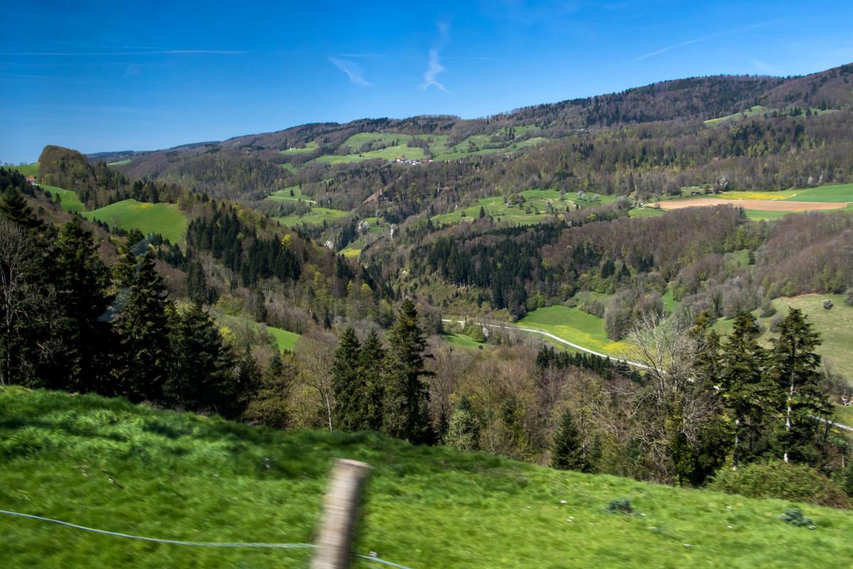 Blick auf die nördlichen Doubshänge