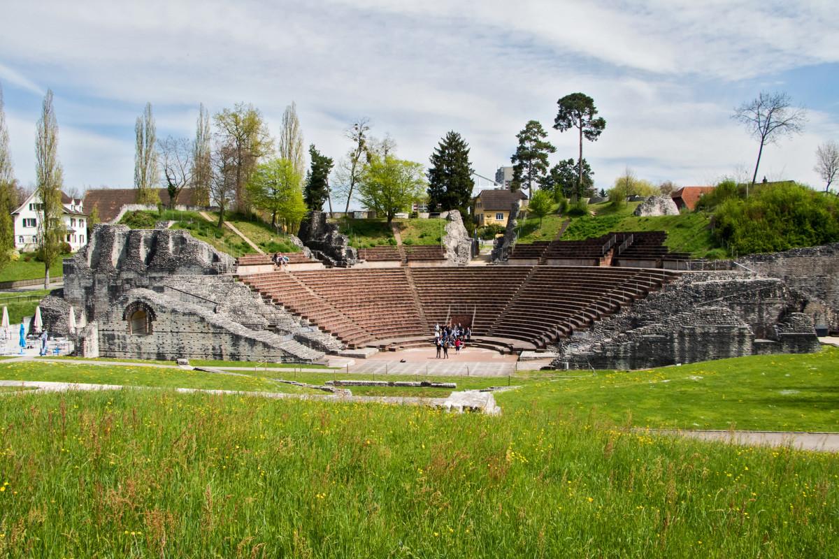 Das römische Amphitheater von Augusta Raurica (Augst)