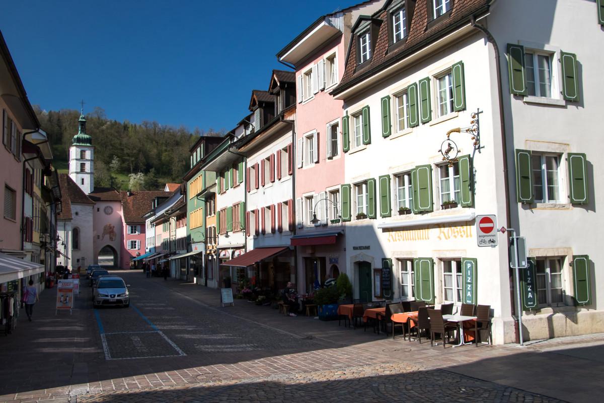 Die mittelalterliche Hauptstrasse von Laufen BL
