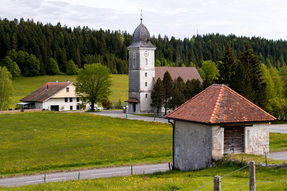 Die im Jahr 1716 eingeweihte Kirche von La Chaux-du-Milieu