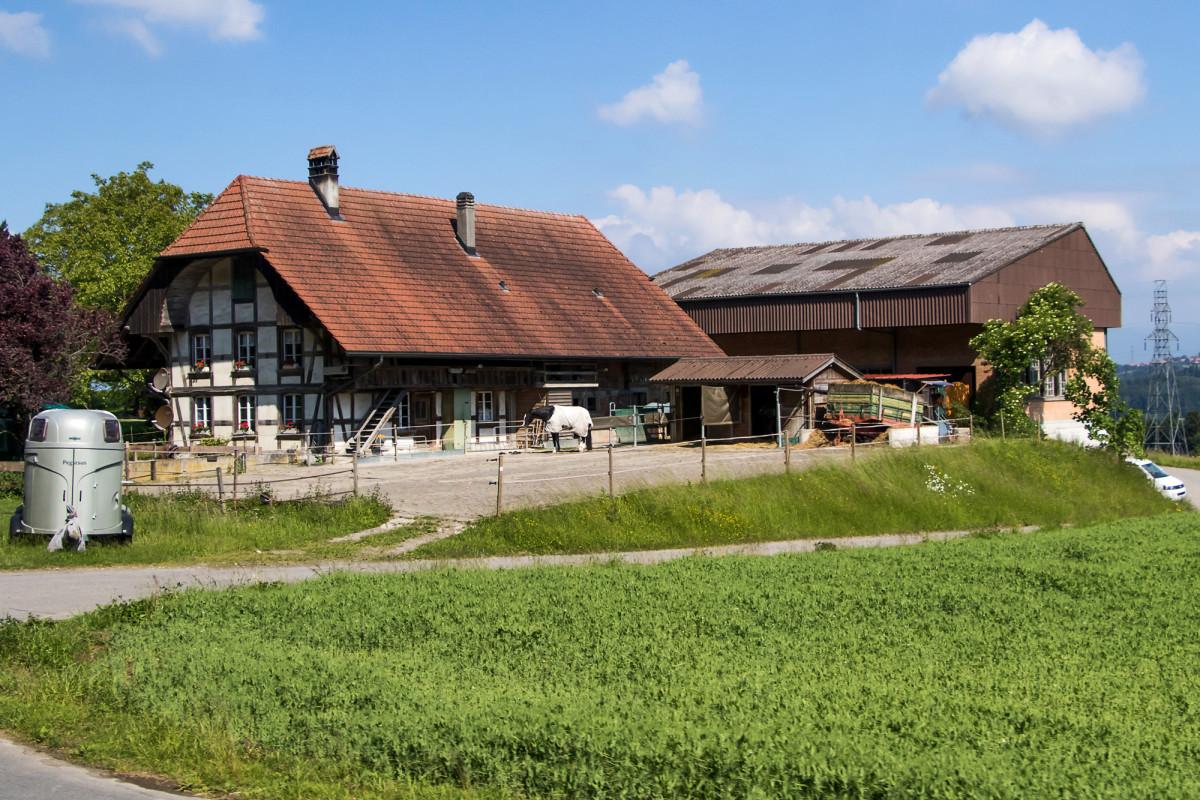 Ein typischer Bauernhof entlang der Route