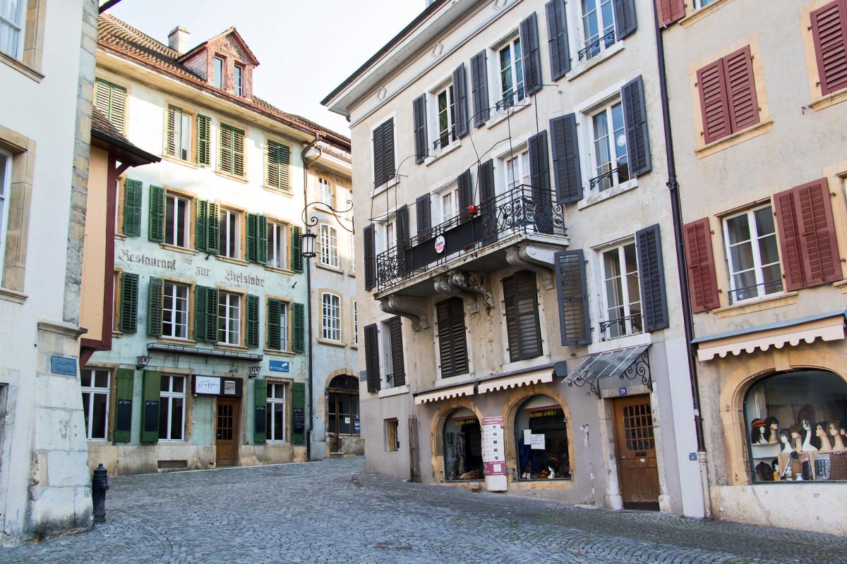Altstadthäuser am Bieler Burgplatz