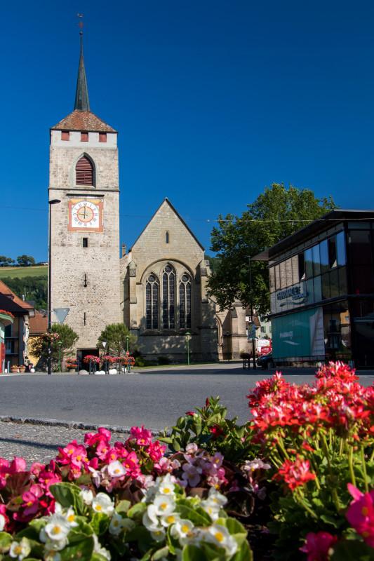 Der Turm der Kirche St. Etienne war einst Teil von Moudons Stadtbefestigung