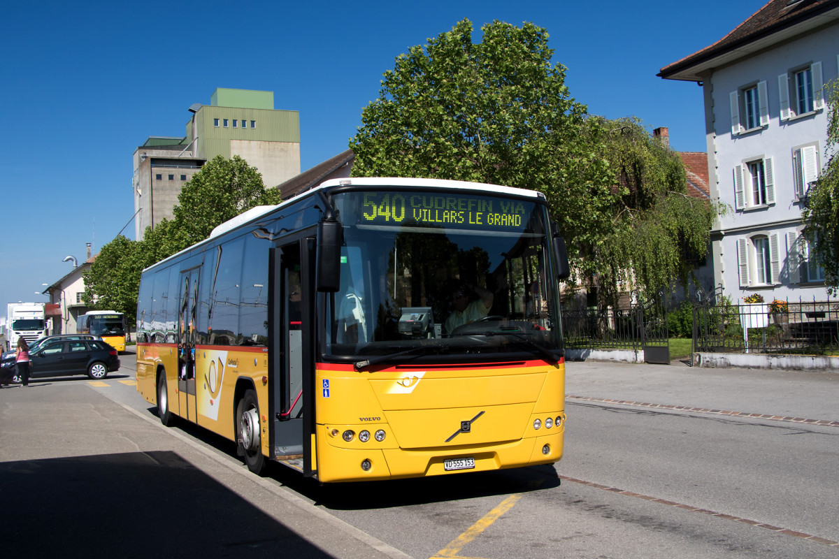 Volvo 8700 LE am Bahnhof Avenches