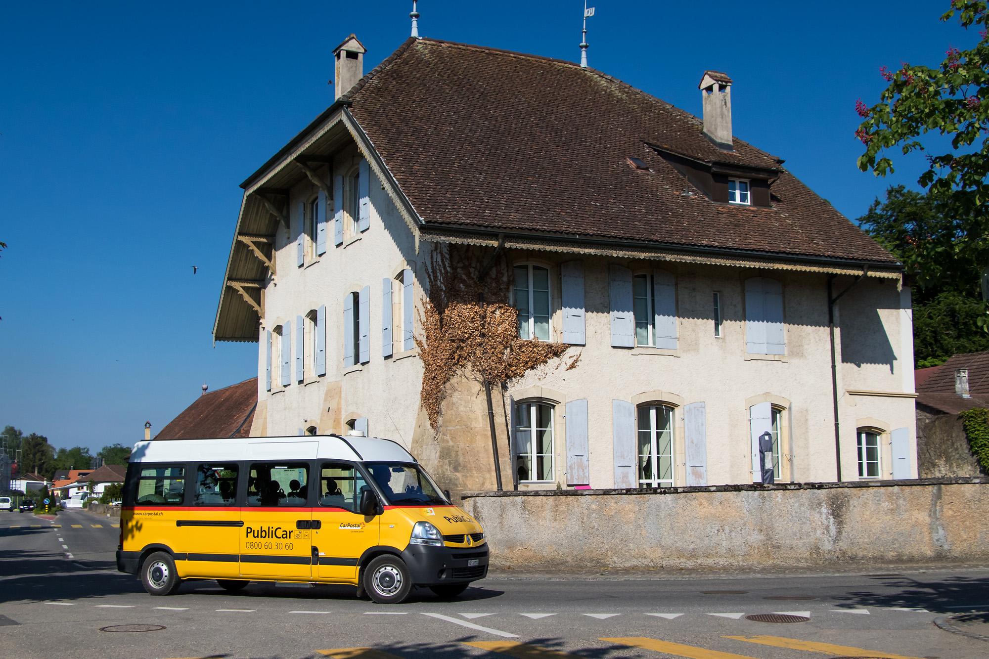 Mein Kleinbus nach Ins trifft in Cudrefin ein