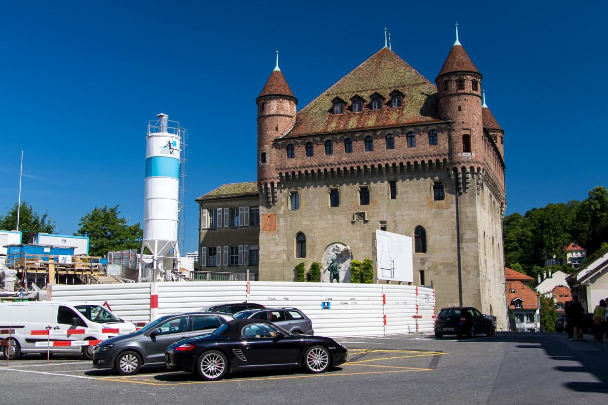 Das Château Saint-Maire, welches auf Geheiss des Bischofs Ende 14. Jahrhundert als dessen neue Festung gebaut wurde. Obwohl der erste Bauherr während der Bauphase von seinem Coiffeur ermordet worden war, konnte der Bau doch noch fertiggestellt werden :-)