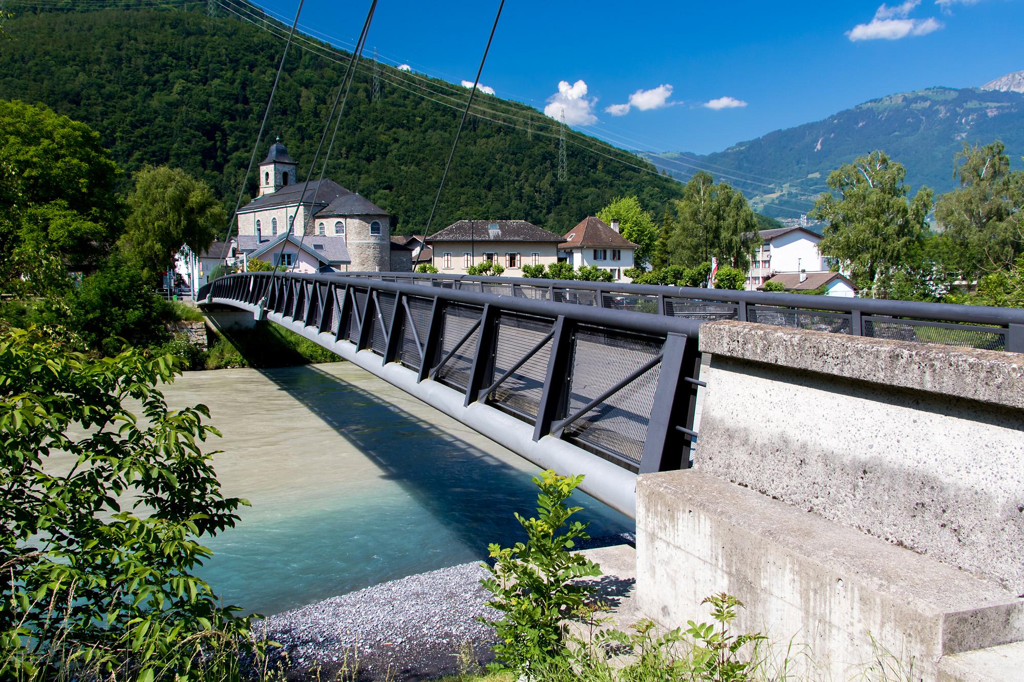 Die Rhonebrücke zwischen Bex und Massongex