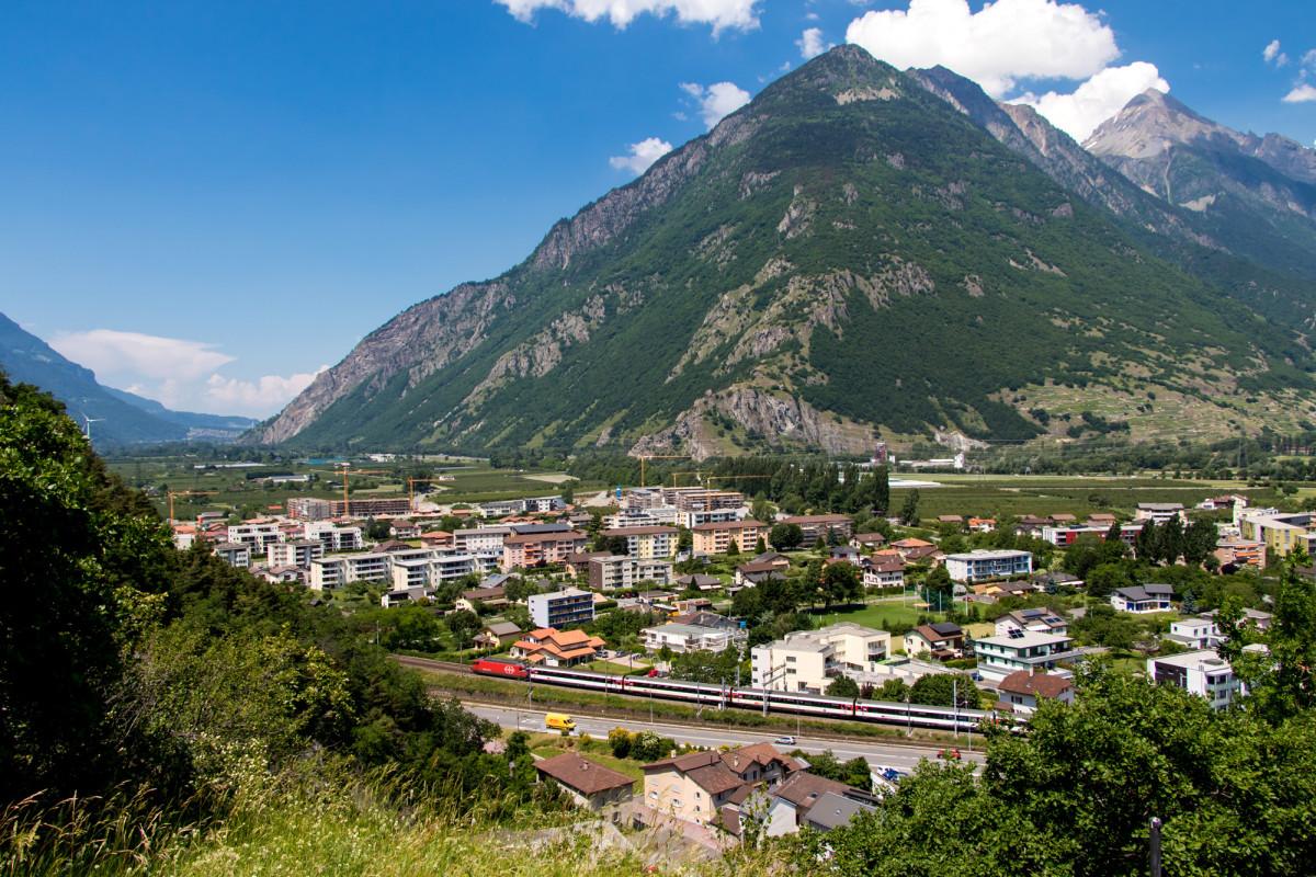 Blick von Martigny in Richtung Genfersee - da komme ich her!