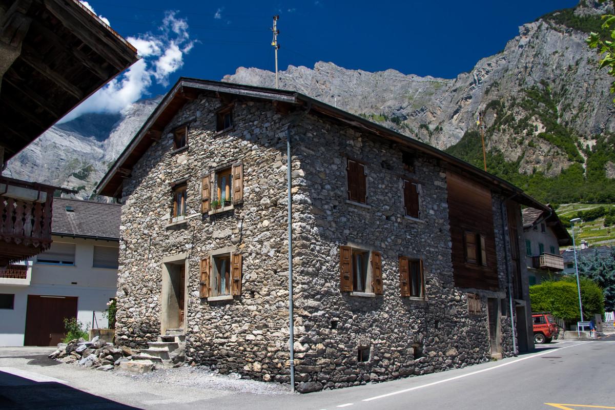 Wunderschönes Naturstein-Wohnhaus in Chamoson