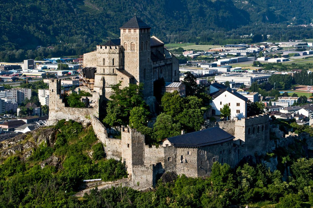 Blick auf die Basilique de Valère