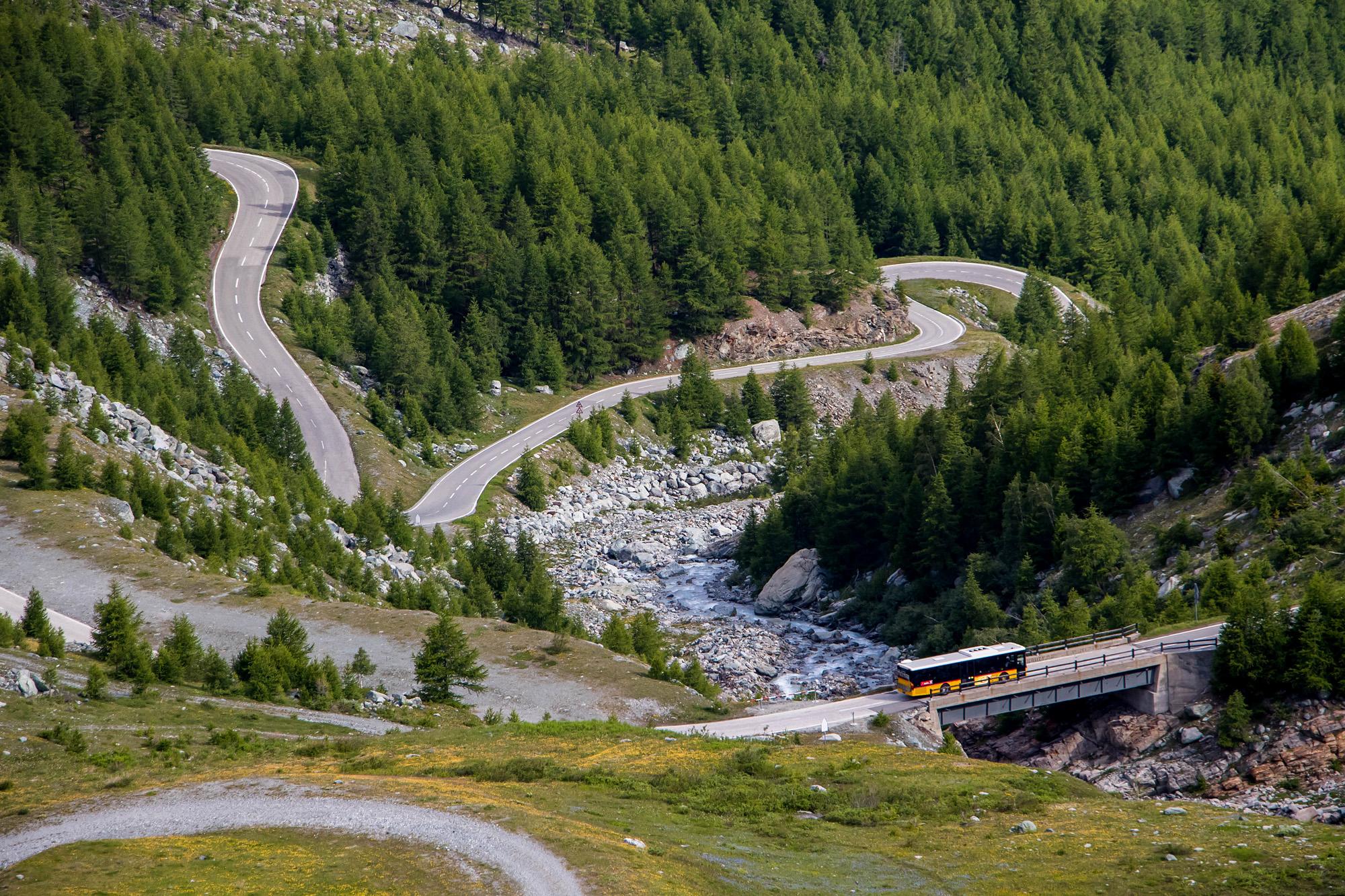 Setra S315NF auf der Bergfahrt zum Mattmark-Stausee