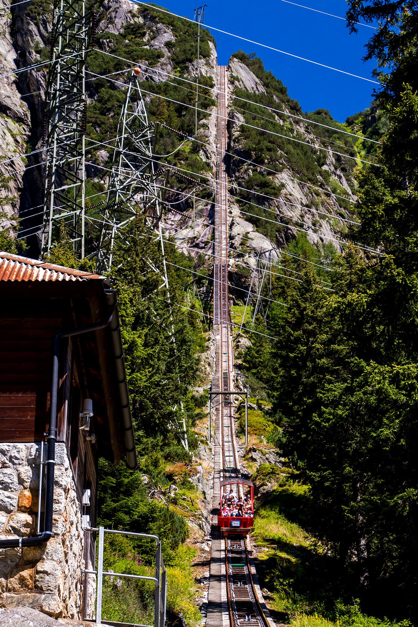 Ganz schön steil: die Gelmerbahn