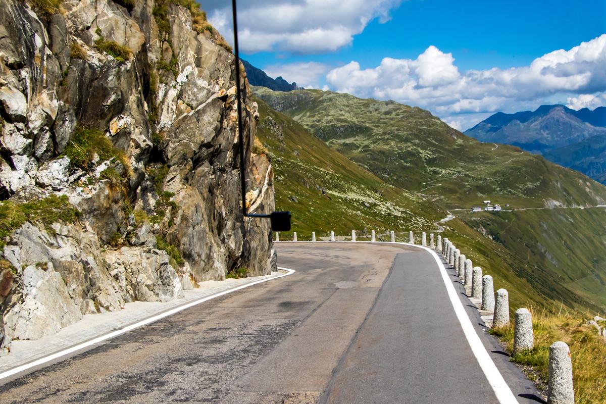 Talfahrt in Richtung Andermatt