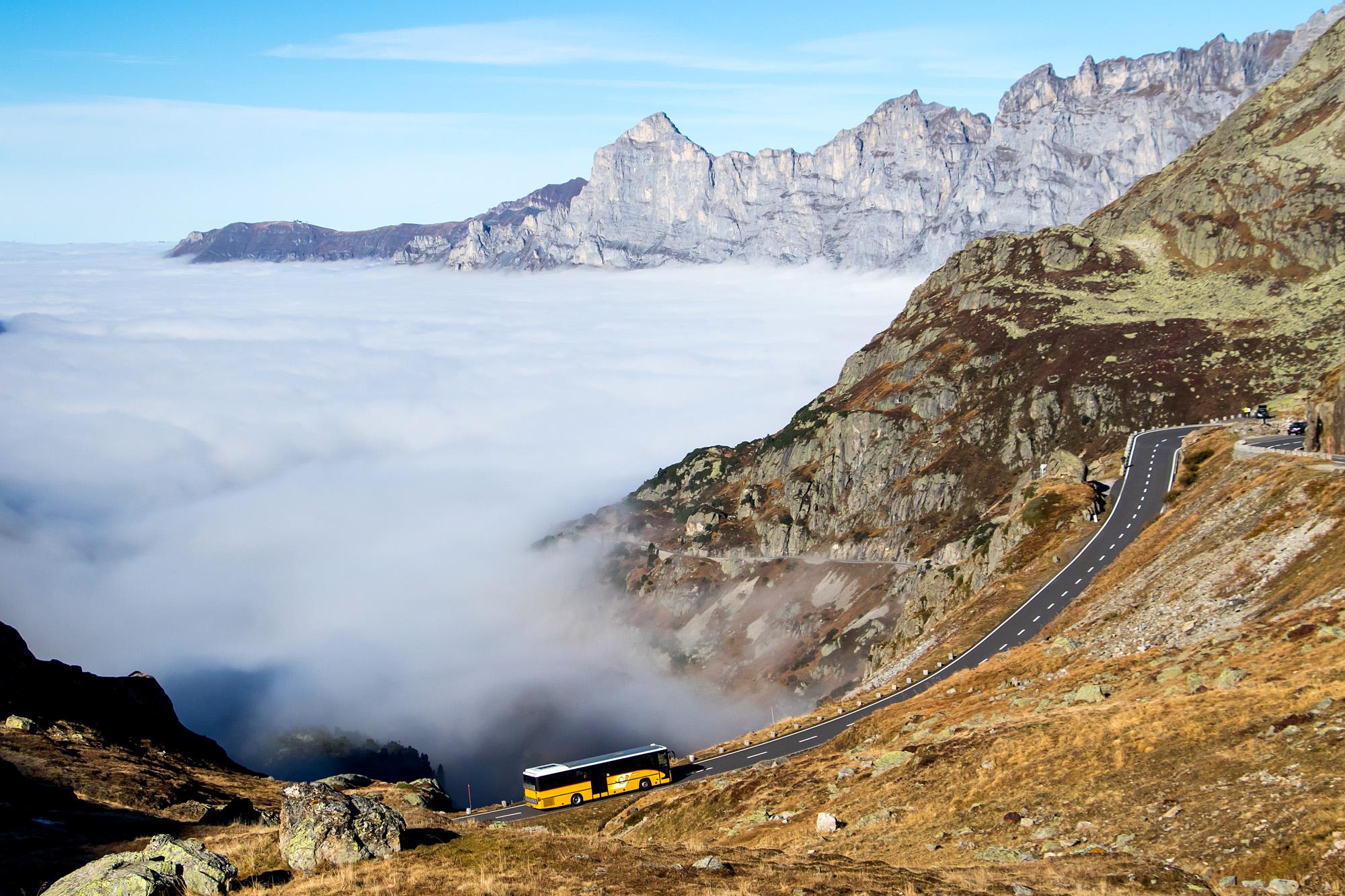 Herbsttag am Sustenpass: Bergfahrt vor traumhafter Kulisse