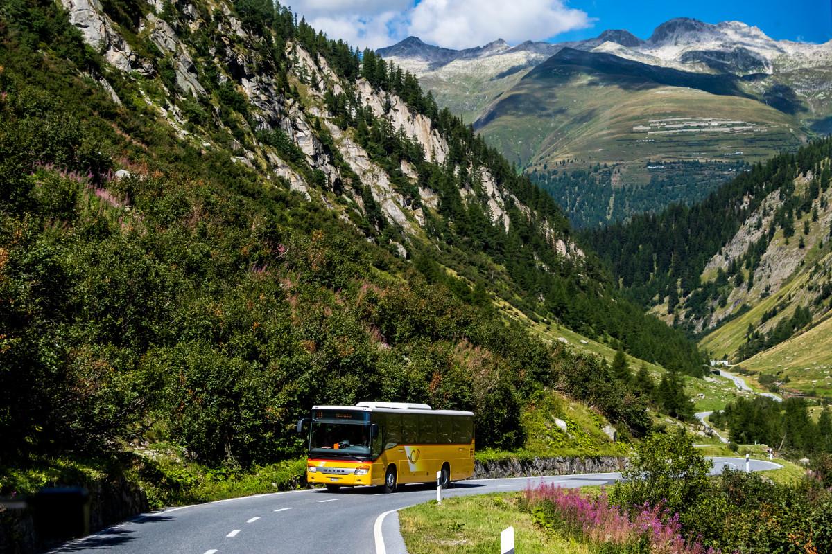 Bergfahrt auf der Walliser Seite des Nufenenpasses