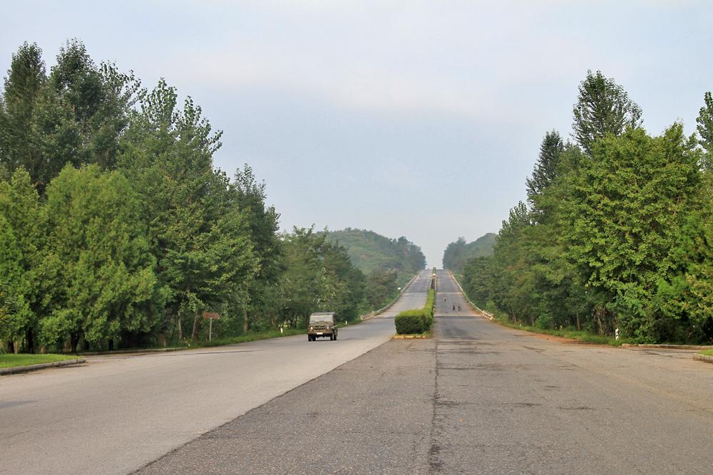 http://www.planepics.org/reiseberichte/nordkorea/100.jpg